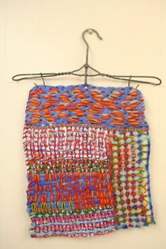 larkhappy: The colours on this piece are so jumpy it is diff. Weaving Textiles, Weaving Art, Loom Weaving, Tapestry Weaving, Weaving Wall Hanging, Textile Sculpture, Creative Textiles, Textile Texture, Yarn Thread