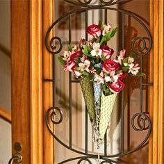 Casa e Jardim - NOTÍCIAS - 10 ideias criativas para usar flor na casa