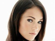 Perfectly shaped eyebrows #eyebrows #tweezers #beauty #beautychat