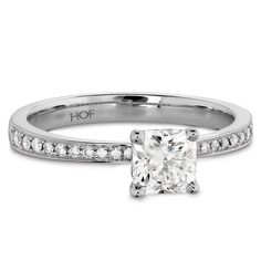 Hearts On Fire Dream Signature Platinum Diamond Engagement Ring