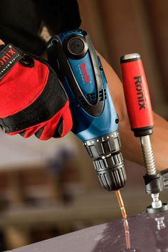 280 W Adjustable 2 speed heavy duty gear box Anti dust switch Strong housing resilient to beats and falls Ergonomic, easy to hold handle Model 2513 Power Voltage Frequency No Load Speed rpm Collet Diameter Weight kg Electric Screwdriver, Duty Gear, Foto Art, Power Tools, Hand Tools, Beats, Drill, Tech, Strong