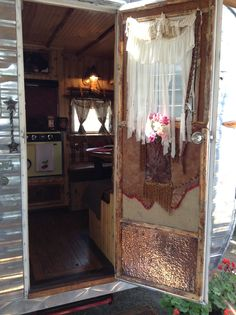 Pismo 2014. Deborah Nichols cute 1966 Aloha. The detail to decorating this vintage trailer is a must see. Absolutely adorable!