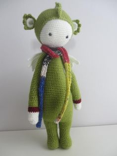 DIRK the dragon made by Isabelle M. / crochet pattern by lalylala