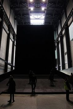 Miroslaw Balka - installation - Tate Modern, 2009. My best of Turbine hall, walking into the shadowplay of Plato's cave.... SdeC