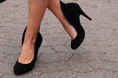"""Black heels with """"wings"""""""