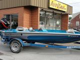 2001 BassStream 17' 17 FOOT BOAT WITH 90 HP MERCURY. SINGLE AXLE TRAILER, TROLLING MOTOR, FISH/DEPTH FINDER, LIVE WELL,NEW BATTERIES, RECENT NEW CARPET. SEATS HAVE A LITTLE WEAR AND WILL NEED TO BE RECOVERED OR REPLACED.  BOAT RUNS OUT GREAT.