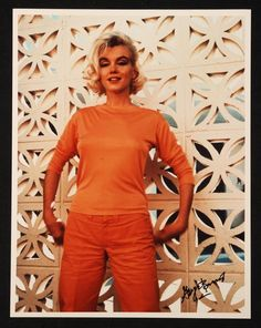 GEORGE BARRIS SIGNED MARILYN MONROE PHOTOGRAPH - Price Estimate: $200 - $400