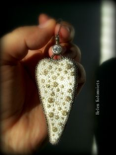 "By Helen Kolomoiets. Bead embroidery. Елена Коломоец. Cерьги ""Два ангельских крыла"". Вышивка бисером.   #АнгельскиеКрылья #вышивкабисером #бисерныесерьги #серьгиизбисера #ручнаяработа #эксклюзив  #BeadsEarrings #BeadEmbroidery #BeadEmbroideryEarrings  #ImitationJeweleryVintage #Exclusive  #Handwork #Beds #AngelWings Angel Wings, Beadwork, Dog Tag Necklace, Christmas Ornaments, Holiday Decor, Earrings, Jewelry, Ear Rings, Stud Earrings"
