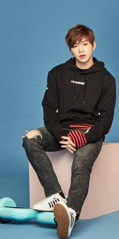 It's been a long day without you, my friend 😎 Kpop, All Meme, Daniel K, Produce 101 Season 2, Lee Daehwi, Kim Jaehwan, Ha Sungwoon, K Idol, Seong