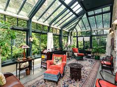 Conservatory Views: Chicago Townhouse