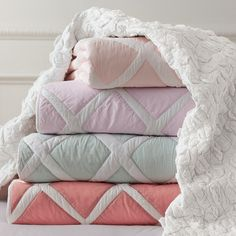 Serena & Lily Quilts  kids bedding