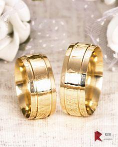 Alianças de Casamento e Noivado em Ouro   Lojas Rubi   Site de Alianças f7d2f41378