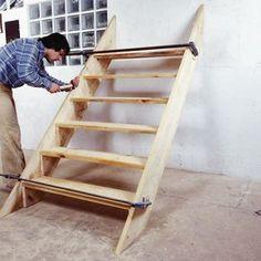 Comment fabriquer un escalier d'extérieur en bois? | BricoBistro                                                                                                                                                      Plus