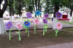 Realizarea unor flori de vara care pot anima orice party pentru copii in aer liber. Detalii pe BricoHub.ro