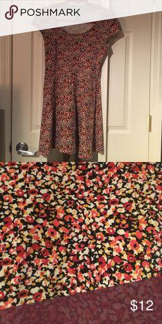 Floral skater dress A-line floral skater dress- 95% cotton H&M Dresses Mini