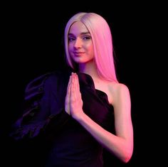 Im Poppy, That Poppy, Indie Pop, Indie Music, Dove Cameron, Poppy Music, Poppy Singer, Angel Aesthetic, Video Artist