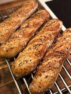 flutes opskrift Vegan Runner, Vegan Gains, Cooking Cookies, Danish Food, Food Crush, Fish Dinner, Bread Cake, Easy Food To Make, Artisan Bread