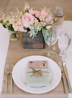Burlap and blush flowers. We can recreate this for you! http://www.creativeambianceevents.com/