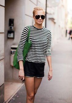 Stripes + green tote = LOVE!!!
