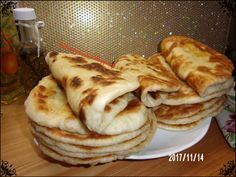 Pita Bread, Finger Foods, Food And Drink, Cooking Recipes, Pie, Snacks, Homemade, Breakfast, Breads