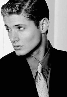 Jensen Ackles. This one always reminds me of Twist and Shout. (P.S. if you haven't read it - WhatAreYouDoingGoReadItNow! Link is in comments.)