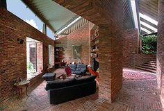 the most beautiful house I've ever been to. La Casa Quirós de Jimmy Alcock (Caracas, Vzla); o la arquitectura como secuencia espacial