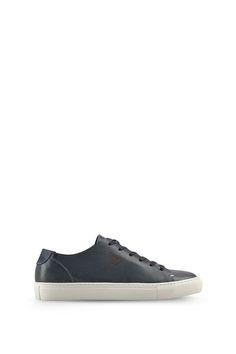 Armani Schuhe Für Ihn flache sneakers aus pflanzenleder Emporio Armani, Armani Jeans, Sneakers, Fashion, Men, Shoe, Leather, Tennis, Moda