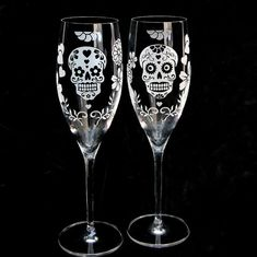 NEW Dia De Los Muertos Wedding Champagne Glasses, Toasting Flutes for Day of the Dead