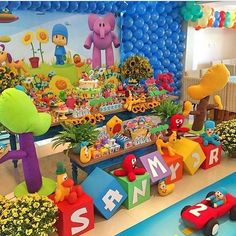 You can organize a beautiful Pocoyo themed birthday. Baby Boy 1st Birthday, Diy Birthday, 2nd Birthday Parties, First Birthday Decorations, Childrens Party, First Birthdays, Party Themes, Leonardo, 1 Year