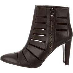 Pre-owned Stuart Weitzman Pointed-Toe Booties ($125) ❤ liked on Polyvore featuring shoes, boots, ankle booties, black, stuart weitzman boots, leather ankle booties, black ankle booties, pointy toe booties and block heel booties