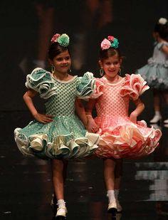 Little Girl Dresses, Little Girls, Girls Dresses, Flamenco Costume, Baby Dress, Dress Girl, African Wear, Afro, Pretty Dresses