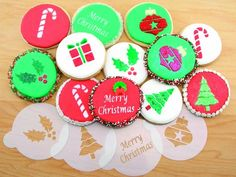 Amazon.com: Holiday Cupcake/Cookie Stencil Tops by Designer Stencils: Food Decorating Stencils: Kitchen & Dining