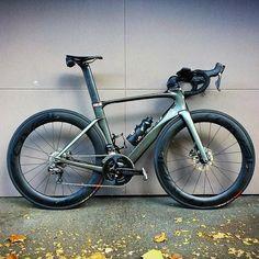 Bmx Bikes, Road Bikes, Cycling Bikes, Best Road Bike, Female Cyclist, Bicycle Design, Bike Stuff, Road Racing, Triathlon