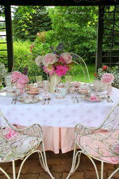 Aiken House & Gardens ~ A summer lunch in the garden terrace