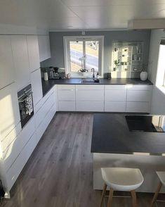 63 Choose Best Color for Small Kitchen Remodel | autoblogsamurai.com #kitchenremodel #smallkitchen