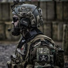 Tactical Beard, Tactical Armor, Tactical Wall, Military Weapons, Military Art, Marine Raiders, Tactical Operator, Military Special Forces, Airsoft Gear