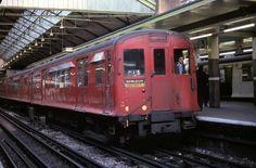CP Stock at Earl's Court   Flickr - Photo Sharing! London Transport, Public Transport, London Underground Train, Metropolitan Line, Metro Subway, Kensington And Chelsea, U Bahn, British Rail, Bus Coach