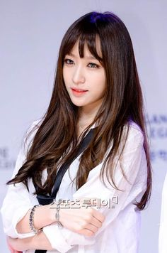 im not too into exid but hani is too damn beautiful