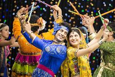 Start this festive season in a healthy way so you are in shape to flaunt your slim waist in garba outfits. Navratri, food and fasts is not a challenge! Navratri Images Full Hd, Happy Navratri Images, Banner Background Hd, Background Wallpaper For Photoshop, Background Images, Landscape Background, Dandiya Raas, Navratri Wishes, Ms Dhoni Photos