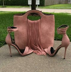 Dusty-pink leather ankle-strap high-heeled sandals - this is why accessories matter | Fashion outfits and style tips for women who love to on trend.