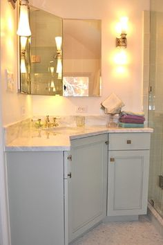 Might work in the corner of my small master bathroom.