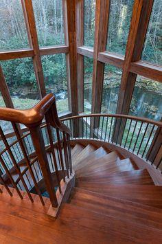 Ruheort am Rande eines Flusses: Dieses ländliche Haus am Rande eines Flusses bietet eine fantastische Aussicht
