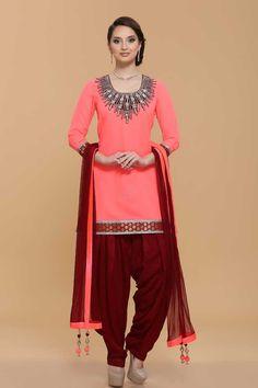 Pink Georgette Patiala Suit, Stylish Punjabi Suits Online in Malaysia Churidar, Patiala Salwar Suits, Salwar Kameez Online, Patiala Dress, Costumes Punjabi, Costumes Anarkali, Saris, Patiala Suit Designs, New Designer Dresses