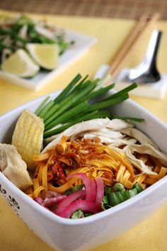 Cooking up Life: Mi Ga Vietnamese Chicken Noodle Soup Vietnamese Soup, Vietnamese Cuisine, Vietnamese Recipes, Asian Recipes, Healthy Recipes, Ethnic Recipes, Chicken Noodle Soup Ingredients, Noodle Recipes, Viet Food