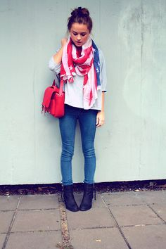 a6463e83de37 want this. outfit American Flag Scarf