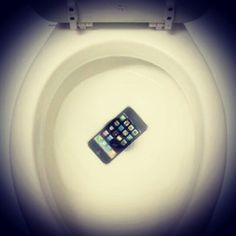 #Survey say 1 in 5 #people drop their #smartphones in the toilet by #accident Does not happen with your #MOTM On! #toilet #dropped  #phone #water #gone #forgetit