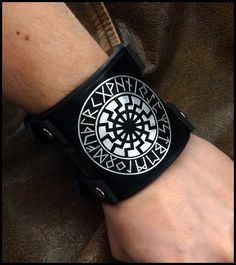 Norse Viking black sun leather bracelet by Ven Mehic. #norse #norsemythology #nordic #viking #futhark #norserunes #blacksun #sunwheel #ocult #sonnenrad #schwarzesonne #heathen #pagan #irminsul #asatru