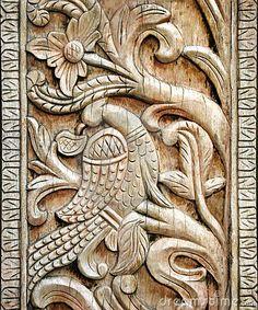Carved wooden door detail of bird - detalle de las plumas y hojas Medieval, Carved Wooden Birds, Door Detail, Wooden Doors, Wood Carving, Artsy Fartsy, Woodworking Projects, Lion Sculpture, Stock Photos