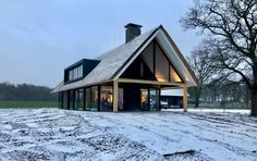 wonen 55 - Bekhuis & KleinJan Cabin Design, House Design, Warehouse Home, Mansions Homes, Old Houses, Beautiful Homes, Building A House, Architecture Design, House Plans