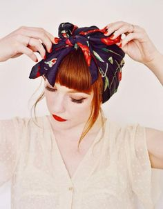 Coiffure vintage foulard